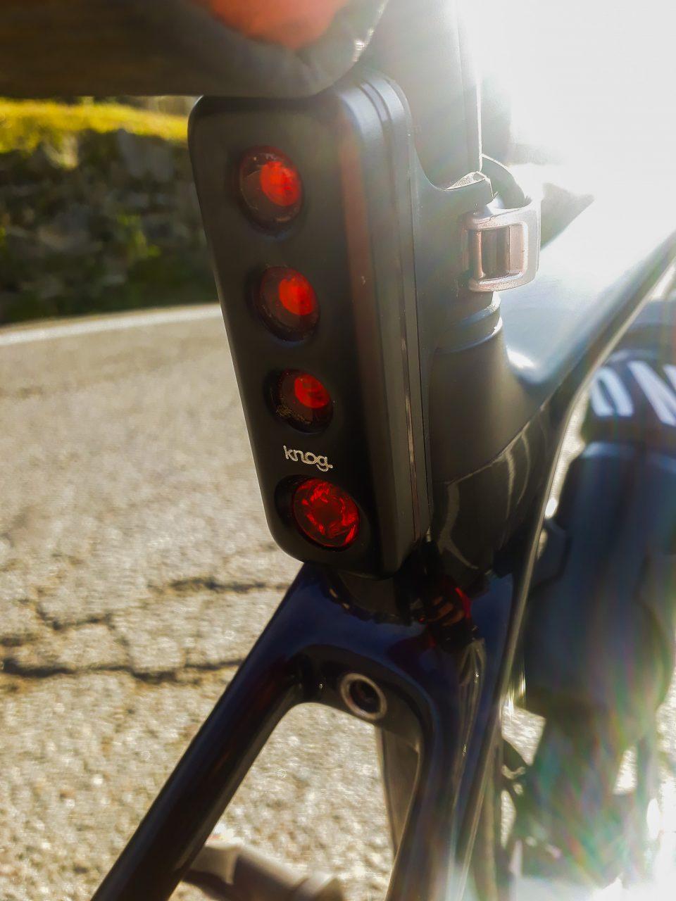 Knog Blinder Road R70