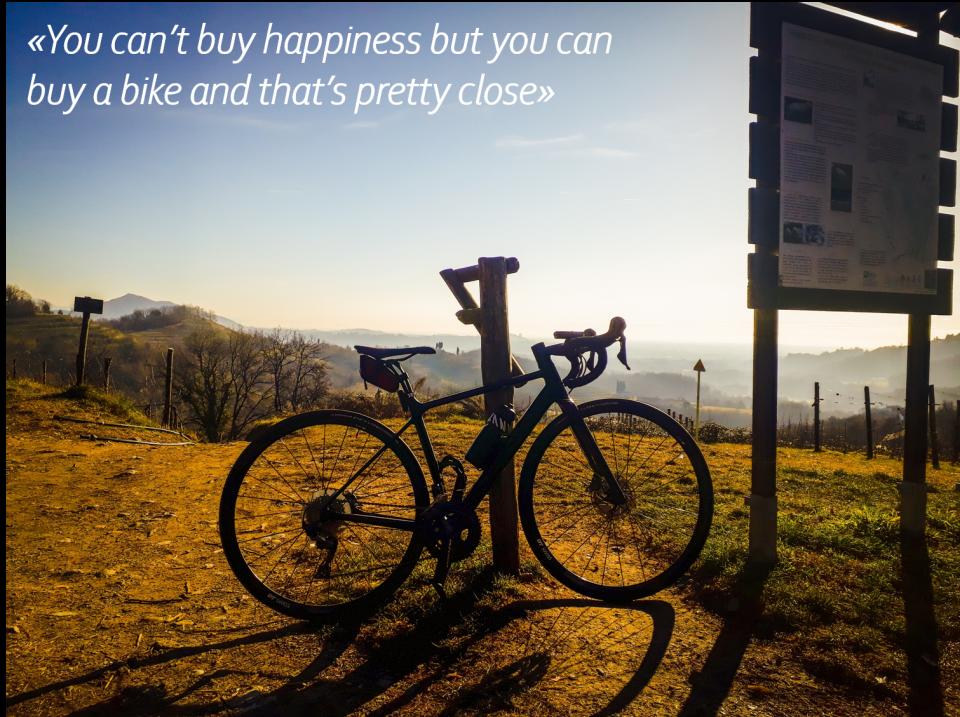 """Il ciclismo, una """"droga"""" che ci può aiutare a superare la quarantena"""