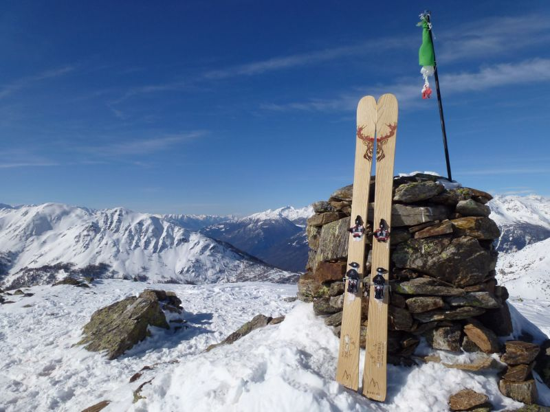 Borde Ski Alpinismo: sci in legno artigianali personalizzati made in Trentino