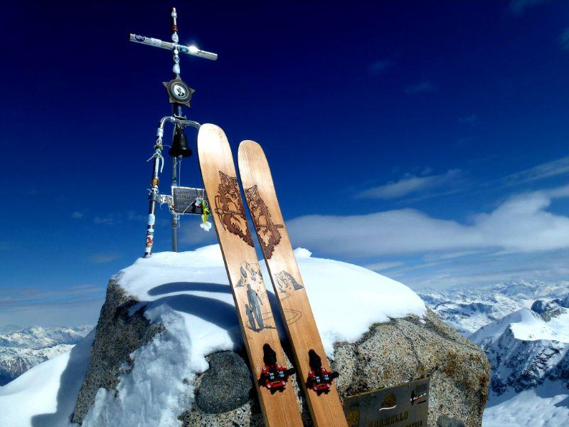 Borde Ski Freeride: sci in legno artigianali personalizzati made in Trentino